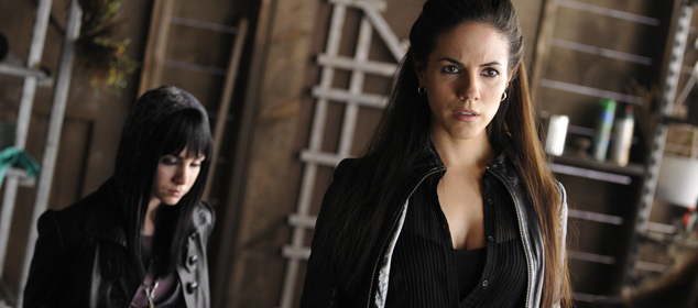 Lost Girl 104